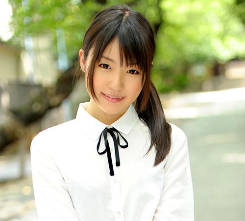 つぼみつぼみav女優人気投票で1位ロリ系美少女av女優